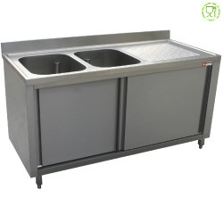 Spoeltafel 2 kuipen 500x500xh325, rechts druipvlak op kast met 2 schuifdeuren