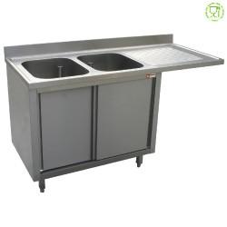 Spoeltafel met 2 kuipen 500x500x325 rechts druipvlak op kast met 2 schuifdeuren en nis voor vaatwasser